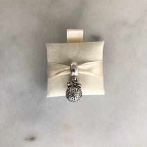 PANDORA 2014 Christmas Wish Charm USB792700